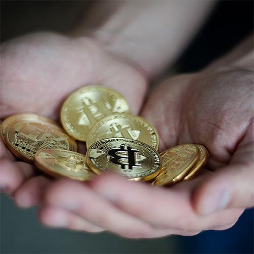 Компания Amun AG запустила на Швейцарской фондовой бирже (SIX Swiss Exchange) инверсный биткоин-ETP, который позволяет шортить BTC без заемного капитала