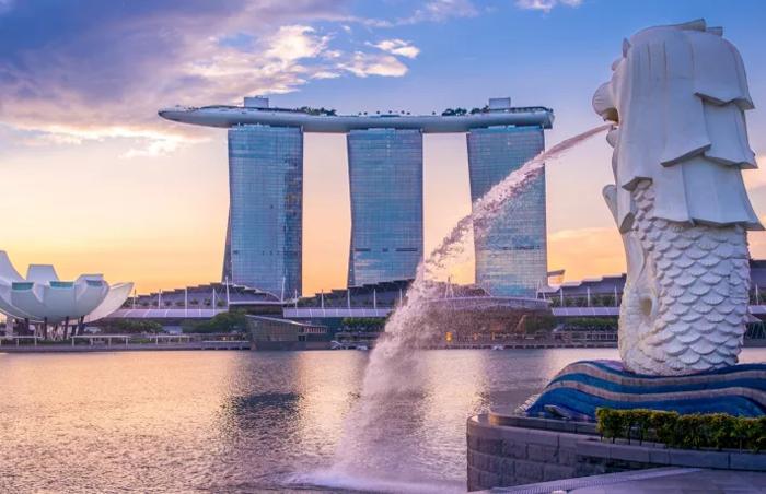 Сингапур временно освобождает криптофирмы от нового режима лицензирования